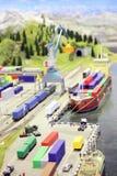 Modello della stazione e del porto marittimo di ferrovia. Fotografie Stock Libere da Diritti