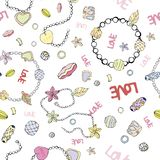 Modello delle perle e delle catene Immagine di vettore con i braccialetti e le perle royalty illustrazione gratis