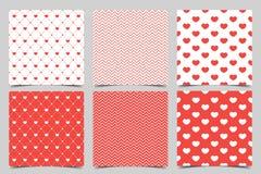 Modello di amore Una raccolta di 6 modelli senza cuciture rossi eleganti sul tema di romanzesco e di amore Reticolo di giorno del royalty illustrazione gratis