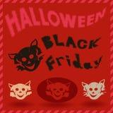 Modello di Black Friday e di Halloween con gli stampini del gatto Immagini Stock