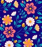 Modello di fiore senza cuciture della molla su fondo blu Immagine Stock