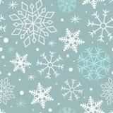 Modello di inverno con i fiocchi di neve sul fondo molle del turchese Reticolo senza giunte di inverno Fotografie Stock