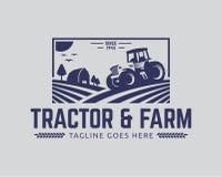 Modello di logo del trattore, vettore di logo dell'azienda agricola fotografia stock libera da diritti