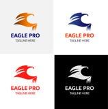 Modello di logo di Eagle Flying Immagini Stock