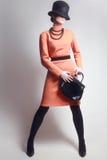 Modello di moda elegante della donna alla moda fotografia stock