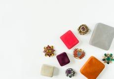 Modello di moda Jewelry Fondo d'annata dei gioielli  Disposizione piana Fotografia Stock Libera da Diritti