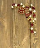 Modello di moda Jewelry Fondo d'annata dei gioielli  Disposizione piana, principale vi Fotografia Stock Libera da Diritti