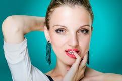Modello di moda sexy del ritratto Fotografie Stock Libere da Diritti