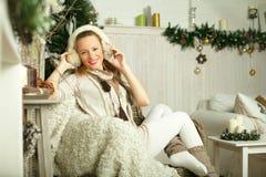Modello di moda sorridente Immagine Stock