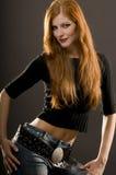 Modello di modo rosso lungo dei capelli Fotografie Stock