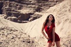 Modello di modo in vestito rosso Fotografie Stock