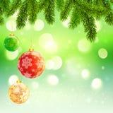 Modello di Natale con l'albero di abete d'attaccatura delle palle Fotografie Stock