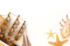 Modello di nave isolato su fondo bianco Fotografia Stock Libera da Diritti