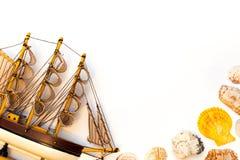Modello di nave isolato su fondo bianco Immagine Stock Libera da Diritti