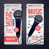 Modello di progettazione del biglietto di evento di concerto di musica dell'illustrazione di vettore con il microfono fresco e gl royalty illustrazione gratis