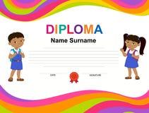 Modello di progettazione del fondo del certificato del diploma dei bambini Immagini Stock