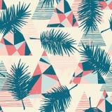 Modello esotico senza cuciture con le foglie di palma tropicali su fondo geometrico Immagini Stock Libere da Diritti