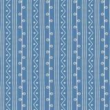 Modello etnico senza cuciture di vettore Linee e zigzag dei ramoscelli con i cerchi blu ed il fondo bianco Struttura disegnata a  Fotografia Stock Libera da Diritti