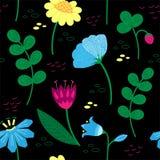 Modello floreale decorativo con le bacche ed i bei fiori Motivi scandinavi Stile disegnato a mano di scarabocchio royalty illustrazione gratis