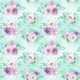 Modello floreale dell'acquerello senza cuciture nel verde della menta e nei colori viola rosso-chiaro su fondo verde chiaro Fotografia Stock Libera da Diritti