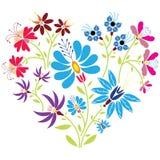 Modello floreale piega etnico nella forma del cuore su fondo bianco Fotografie Stock