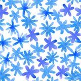 Modello floreale senza cuciture con i fiori disegnati a mano blu isolati W Fotografia Stock