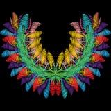 Modello floreale variopinto della scollatura del ricamo Backg luminoso di vettore Fotografia Stock Libera da Diritti