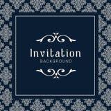 Modello ornamentale dell'invito di nozze dell'oro, ornamenti dell'invito della cartolina d'auguri fotografia stock libera da diritti
