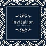 Modello ornamentale dell'invito di nozze dell'oro, ornamenti dell'invito della cartolina d'auguri immagini stock