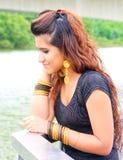 Modello pakistano con i gioielli dell'oro Immagine Stock Libera da Diritti