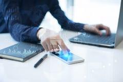 Modello per testo, fondo di schermo virtuale Affare, tecnologia di Internet e concetto della rete immagini stock