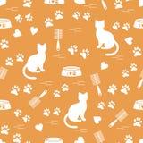 Modello piacevole del gatto di seduta della siluetta, tracce, cuori, ciotola e royalty illustrazione gratis