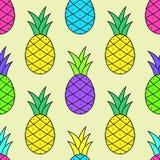 Modello saporito variopinto dell'ananas nello stile di Pop art Fotografie Stock Libere da Diritti