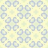 Modello senza cuciture beige floreale Fondo beige con le progettazioni blu-chiaro e verdi del fiore Immagine Stock Libera da Diritti