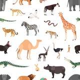 Modello senza cuciture con gli animali esotici su fondo bianco Contesto con fauna selvaggia della savana e del deserto africani royalty illustrazione gratis