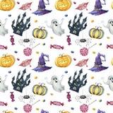 Modello senza cuciture con i caratteri di Halloween su fondo bianco immagine stock libera da diritti