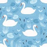 Modello senza cuciture con i cigni bianchi che galleggiano nello stagno o nel lago fra le piante Contesto con i bei uccelli selva royalty illustrazione gratis
