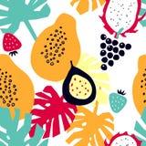 Modello senza cuciture con i frutti tropicali - frutta del drago; papaia; fragola; uva; frutto della passione illustrazione vettoriale