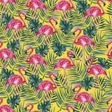 Modello senza cuciture con il fenicottero rosa e foglie di palma su un fondo giallo Illustrazione dell'acquerello illustrazione vettoriale