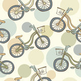Modello senza cuciture con le bici ed i cerchi Immagine Stock