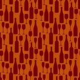 Modello senza cuciture con le bottiglie e bicchieri di vino e champagne Immagini Stock Libere da Diritti