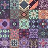 Modello senza cuciture con le mattonelle portoghesi nello stile di talavera Azulejo, marocchino, ornamenti messicani royalty illustrazione gratis