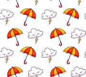 Modello senza cuciture con le nuvole, fulmine, ombrelli Elementi svegli del tempo illustrazione di stock