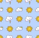 Modello senza cuciture con le nuvole, fulmine, sole su un fondo blu-chiaro illustrazione vettoriale