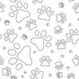 Modello senza cuciture con le orme dei gatti, profili Immagini Stock Libere da Diritti