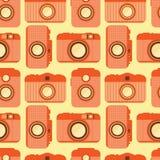 Modello senza cuciture con le vecchie macchine fotografiche Immagine Stock