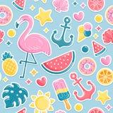 Modello senza cuciture degli elementi della spiaggia di estate Fenicottero, gelato, anguria, sole, coperture, ananas Illustrazion illustrazione di stock