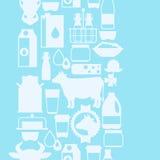 Modello senza cuciture del latte con i prodotti lattier-caseario e Fotografia Stock Libera da Diritti