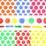 Modello senza cuciture del pois colorato acquerello Bambino illustrazione vettoriale