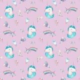 Modello senza cuciture dell'acquerello con il rosa e l'unicorno blu, cuori e stelle su fondo rosa illustrazione di stock